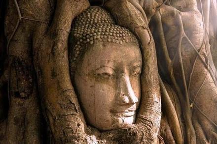 Những đền thờ Phật giáo bí ẩn ở cố đô Thái Lan