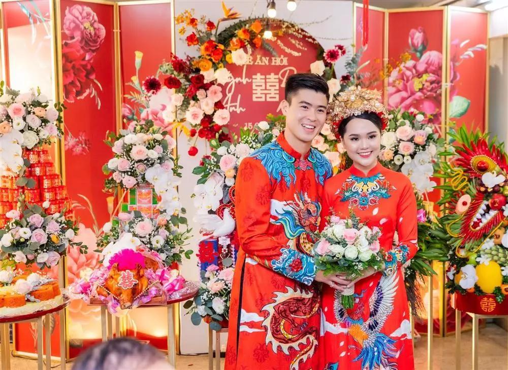 Các Wags Việt ngày ăn hỏi: Người xinh đẹp, người bị dìm thê thảm-6