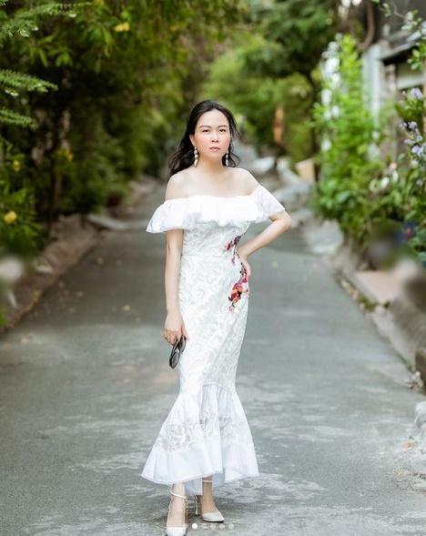 Chia tay Quách Ngọc Ngoan, gu thời trang Phượng Chanel lên hương-4