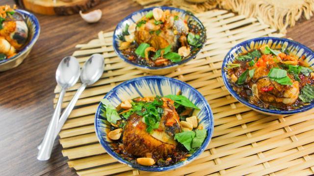 Độc đáo món trứng vịt lộn nướng muối ớt ngon thơm cuối tuần-1