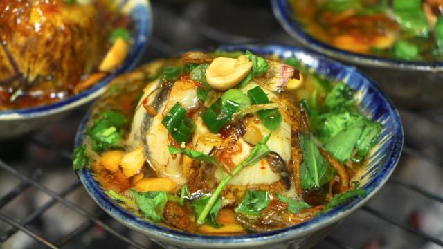 Độc đáo món trứng vịt lộn nướng muối ớt ngon thơm cuối tuần-7