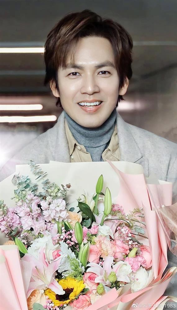 Chung Hán Lương đóng máy phim mới sau Cẩm Tâm Tựa Ngọc, nhan sắc được khen nức nở-1