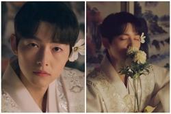 Song Joong Ki 'điên đảo' với loạt ảnh cài hoa, môi đỏ khoe visual cực phẩm