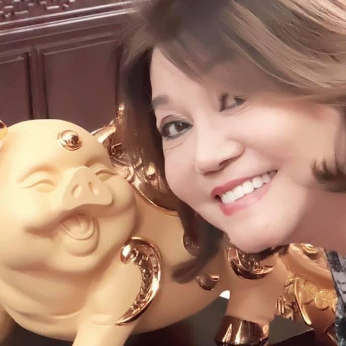 Hình ảnh và thông tin cực hiếm về mẹ chồng Trang Trần-3