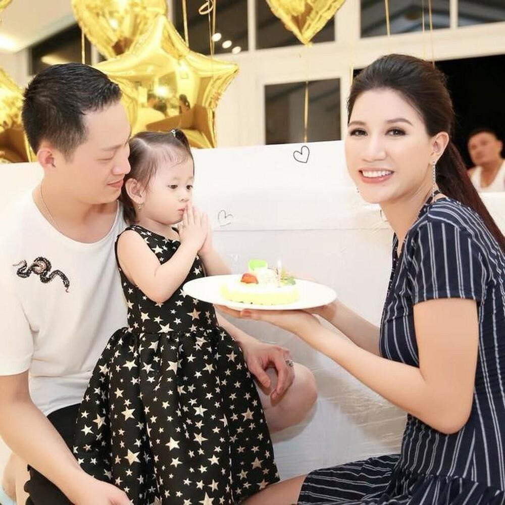 Hình ảnh và thông tin cực hiếm về mẹ chồng Trang Trần-7