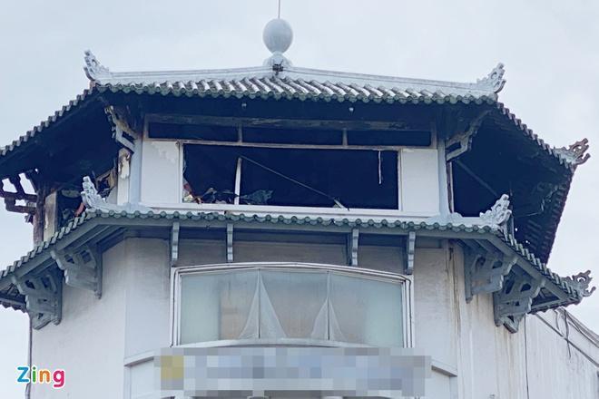 Khách sạn Đồng Khánh ở quận 5 TPHCM bốc cháy trong mưa-2