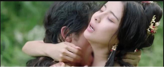 Sau 2 cảnh nóng dung tục trong Kiều, Cao Thái Hà khóa luôn Facebook-3