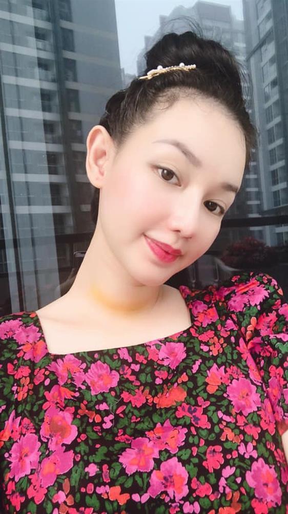 MC Quỳnh Chi: Từ khi phát hiện bị ung thư, tôi chỉ khóc một lần-1