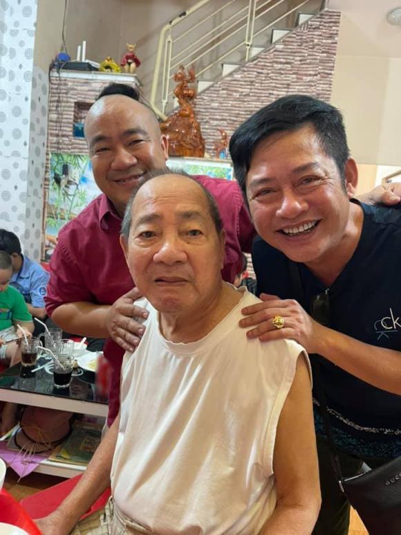 Dàn sao Việt chia buồn khi cha Hiếu Hiền qua đời-1