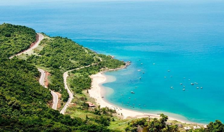 Choáng ngợp trước thiên đường 7 sắc cầu vồng như Bali trên bãi biển Đà Nẵng-12