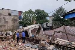 Chủ nhân nhà 3 tầng bị sập ở Lào Cai nhập viện cấp cứu vì shock tâm lý