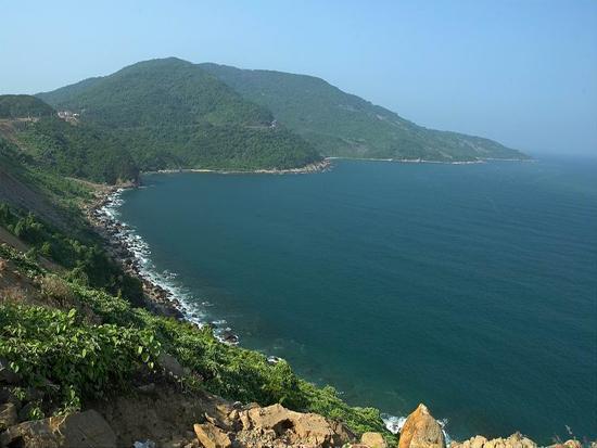 Choáng ngợp trước thiên đường 7 sắc cầu vồng như Bali trên bãi biển Đà Nẵng-17