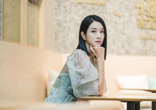 HOT: Seo Ye Ji thừa nhận hẹn hò Kim Jung Hyun, phản bác vụ điều khiển bạn trai xa lánh Seohyun-4