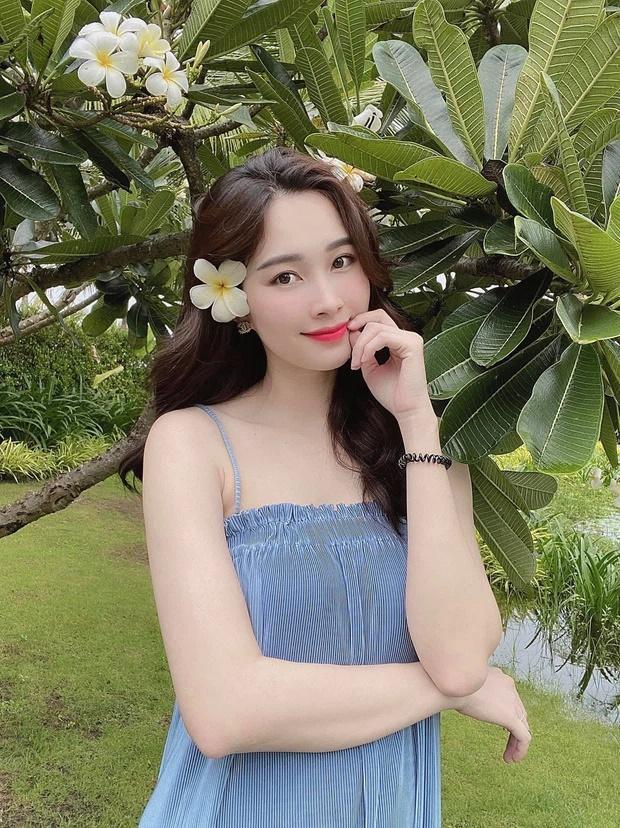 Ekip bóc nhan sắc của Hoa hậu Đặng Thu Thảo qua camera thường-3