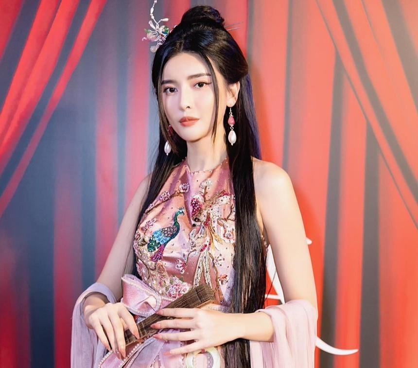 Cao Thái Hà: Tôi buồn vì phim Kiều bị chê-5