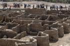 Khai quật thành phố vàng niên đại hơn 3.000 năm