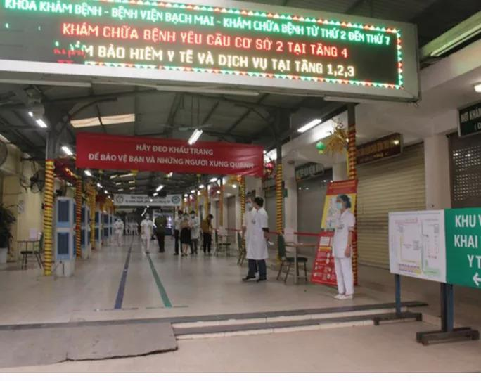 Gần 200 cán bộ, nhân viên Bệnh viện Bạch Mai xin nghỉ việc-2