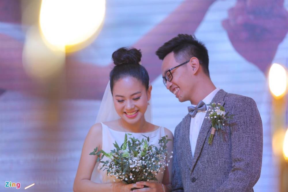 Ca sĩ Hoàng Quyên: Tôi và chồng đã ly hôn-2