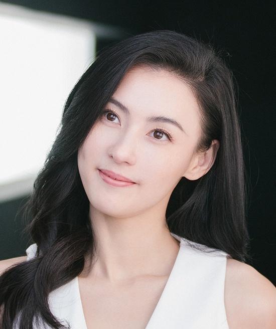 Trương Bá Chi bật mí dưỡng da căng mướt ở 40 tuổi bằng Vaseline-2