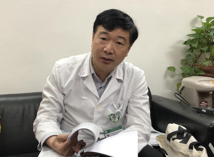 Nguyên nhân khiến hơn 200 cán bộ Bệnh viện Bạch Mai đồng loạt xin nghỉ-2