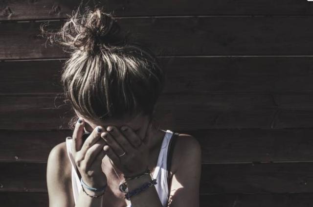 Cay đắng mối tình với trai đẹp: Đã dính bầu còn thêm bệnh xã hội-1
