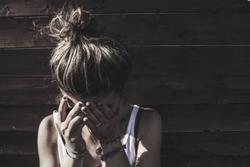 Cay đắng mối tình với trai đẹp: Đã dính bầu còn thêm bệnh xã hội