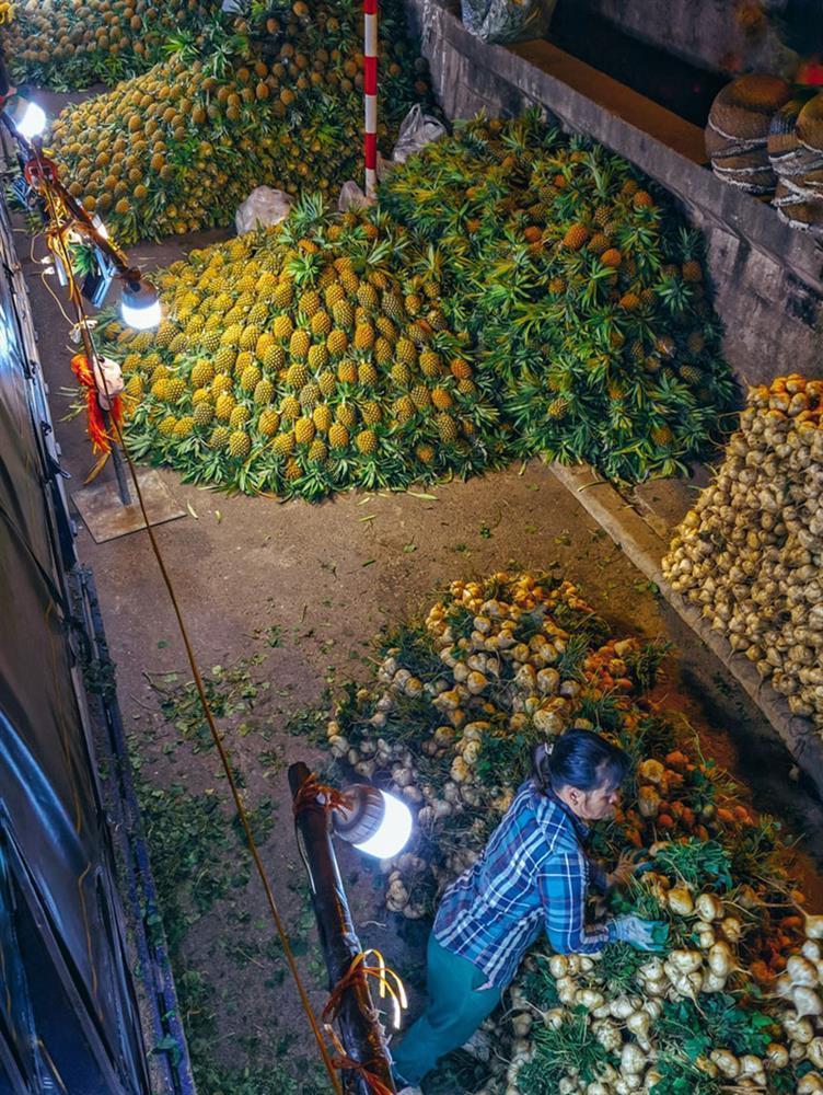 Bộ ảnh: Khám phá Hà Nội về đêm với chợ Long Biên không ngủ-3