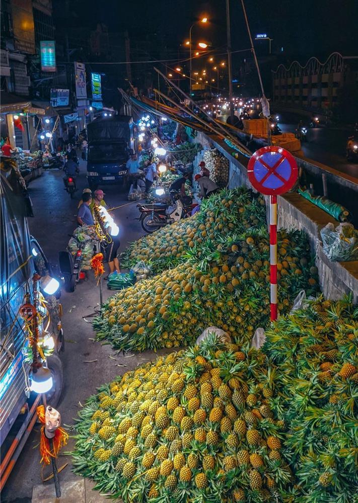 Bộ ảnh: Khám phá Hà Nội về đêm với chợ Long Biên không ngủ-10