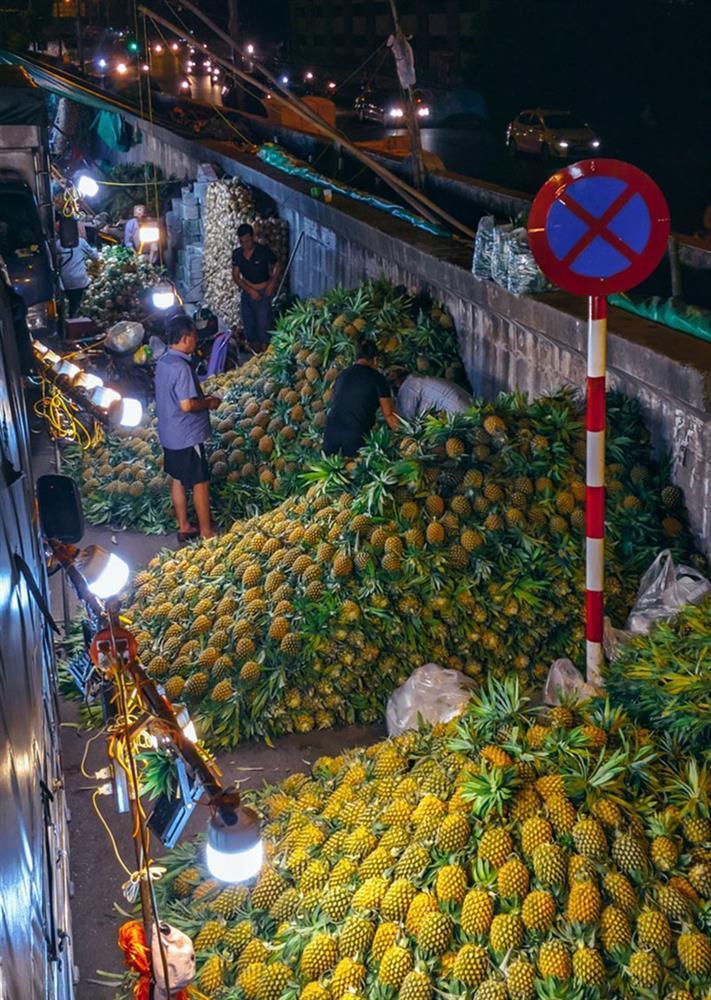 Bộ ảnh: Khám phá Hà Nội về đêm với chợ Long Biên không ngủ-11