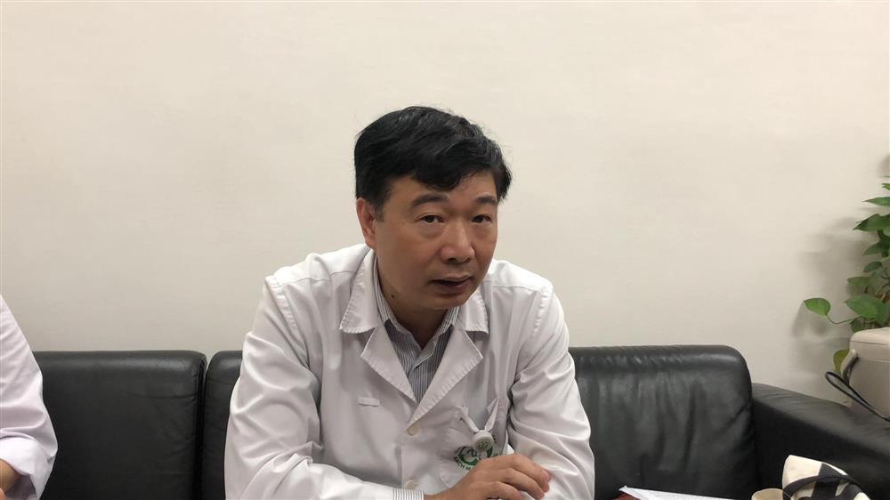 Hơn 200 nhân viên y tế BV Bạch Mai xin nghỉ việc: Người ra đi nói gì?-4