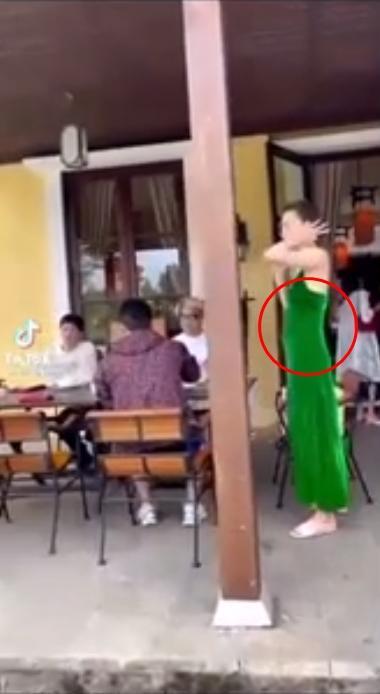 Hồ Ngọc Hà lộ vòng 2 nhấp nhô sau sinh: Eo siêu bé hóa ra nhờ photoshop?-2