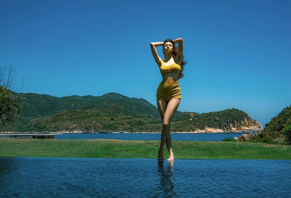 Hồ Ngọc Hà lộ vòng 2 nhấp nhô sau sinh: Eo siêu bé hóa ra nhờ photoshop?-5