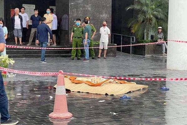 Hà Nội: Nam thanh niên rơi từ tầng cao chung cư xuống đất tử vong-1