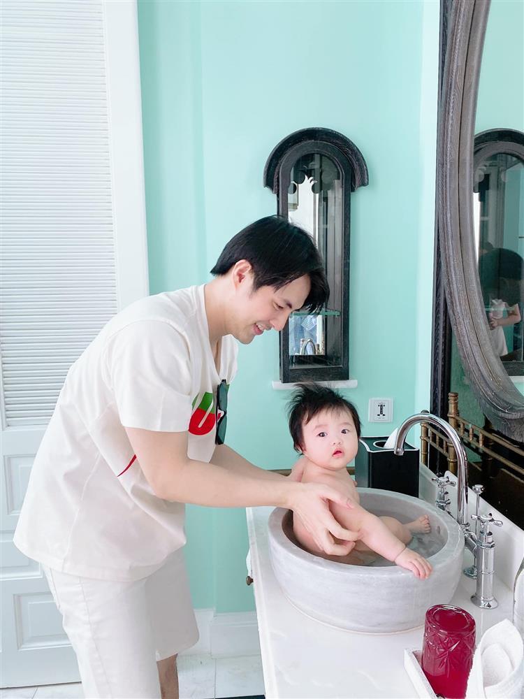 Ông Cao Thắng bị nghi lươn lẹo khi khoe ảnh mẹ vắng nhà-3