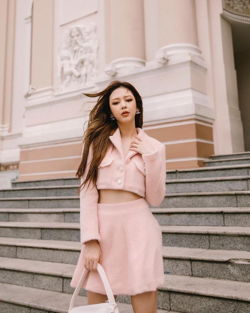 Lăng-xê trang phục họa tiết, Thúy Vi - Quỳnh Anh Shyn hai phong cách đối lập-1