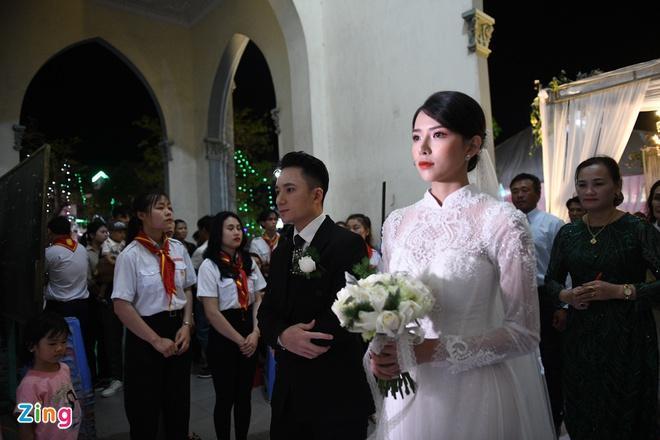 Thánh lễ hôn phối của Phan Mạnh Quỳnh và cô dâu Khánh Vy-1