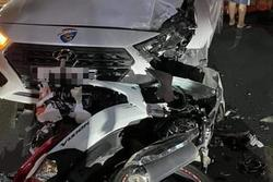 Sát hại bạn gái, nam thanh niên tự tử không thành liền tông xe vào ô tô