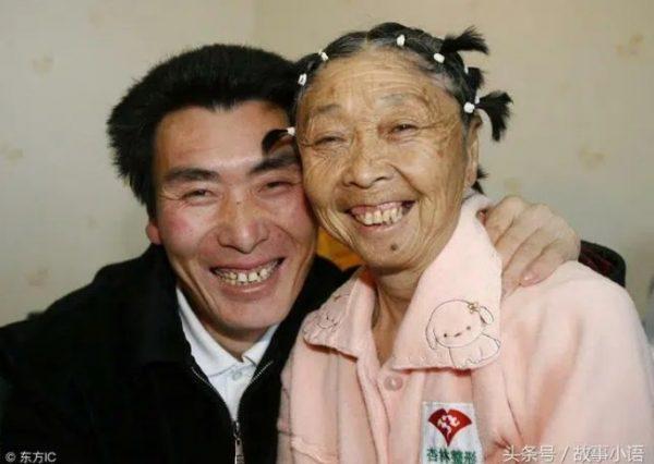 Phẫu thuật níu giữ chồng trẻ, cặp đôi bà cháu cách 33 tuổi vẫn đường ai nấy đi-1