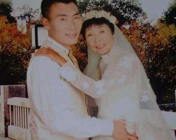 Phẫu thuật níu giữ chồng trẻ, cặp đôi bà cháu cách 33 tuổi vẫn đường ai nấy đi-3