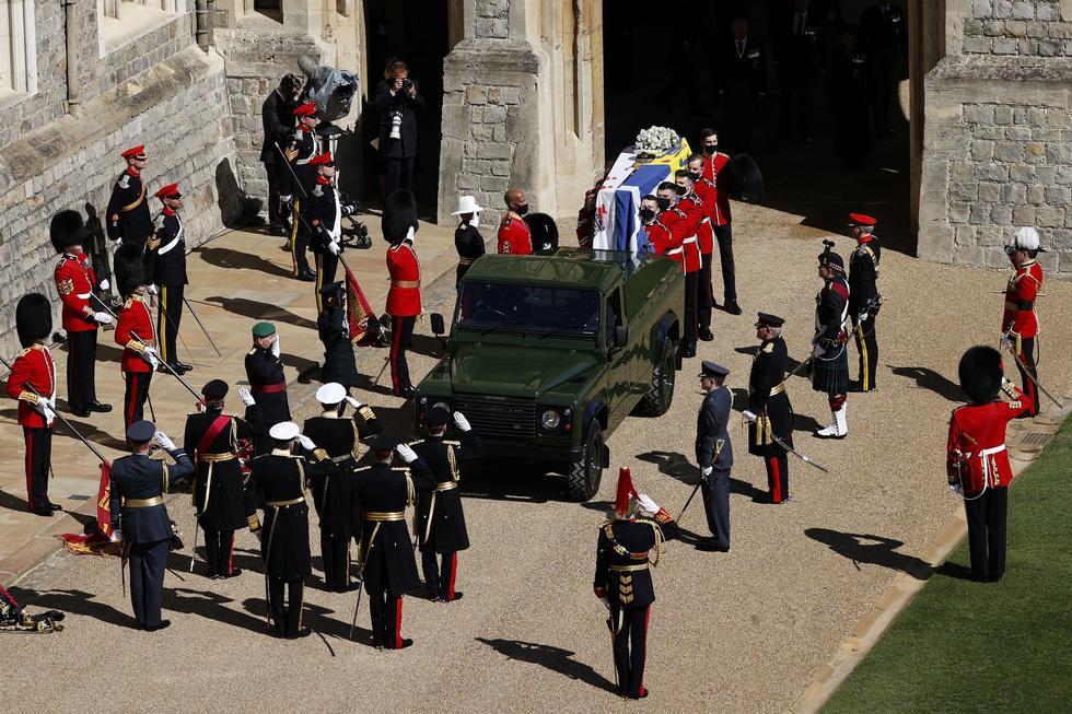 Toàn cảnh đám tang Hoàng thân Philip, phu quân Nữ hoàng Elizabeth II-2