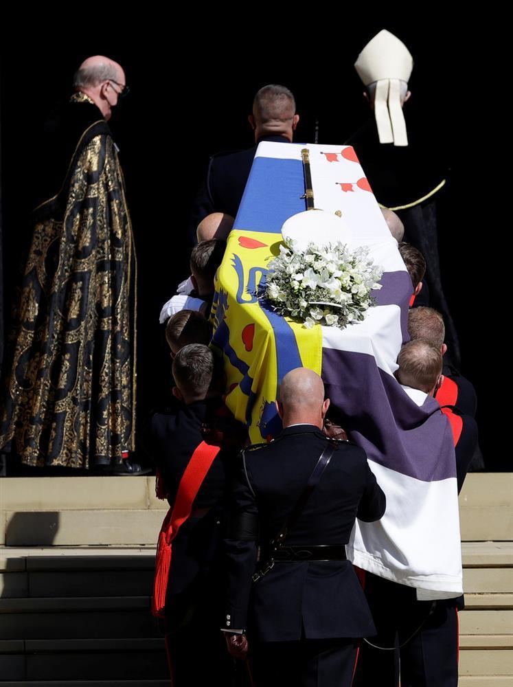 Toàn cảnh đám tang Hoàng thân Philip, phu quân Nữ hoàng Elizabeth II-7