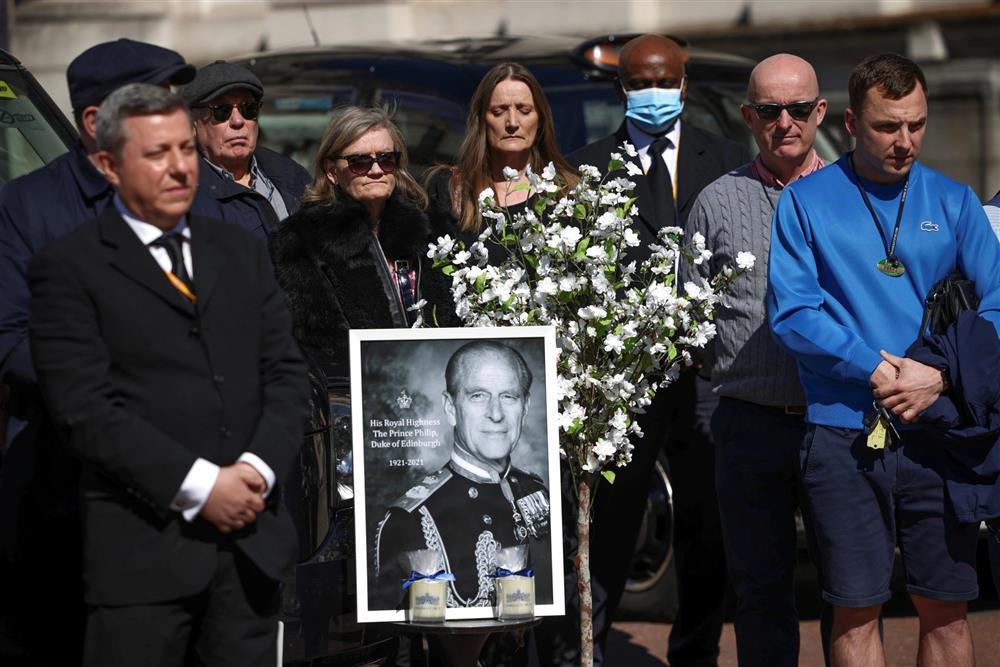 Toàn cảnh đám tang Hoàng thân Philip, phu quân Nữ hoàng Elizabeth II-13