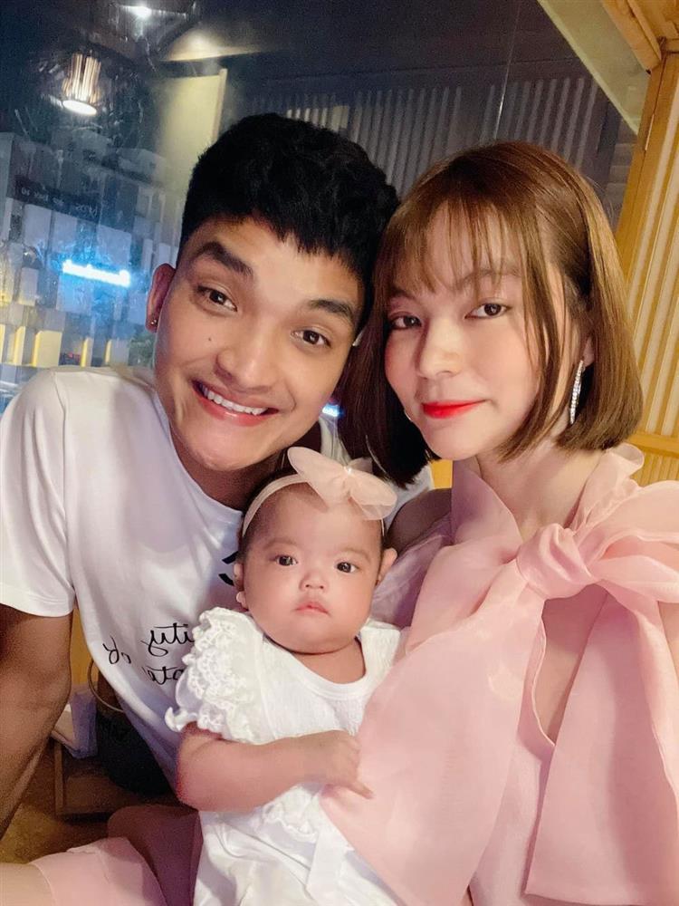 Vợ Mạc Văn Khoa lộ nhan sắc thật sau 4 tháng sinh con-3