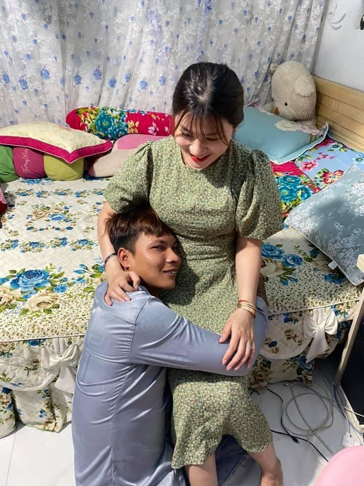 Lộc Phụ Hồ lên chức bố sau nửa tháng tổ chức đám cưới rình rang-1