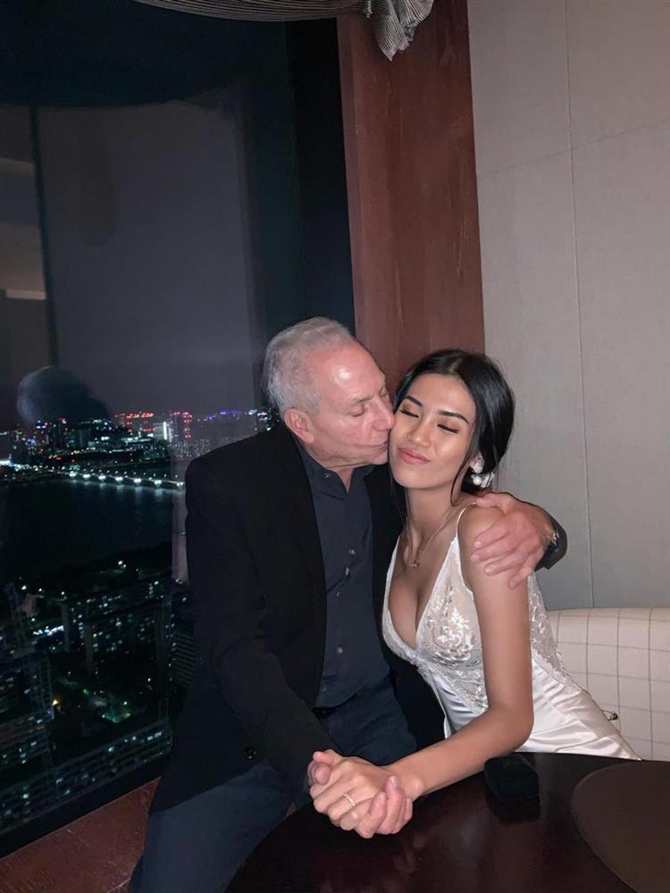 Gái Việt 27 yêu tỷ phú 73: Đăng ký thi hoa hậu sau 15 phút chia tay-5