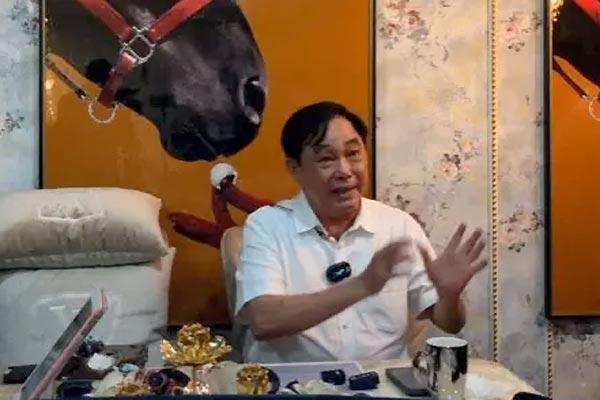 Ông Dũng Lò Vôi livestream nói về 'đám nghệ sĩ' gây tranh cãi