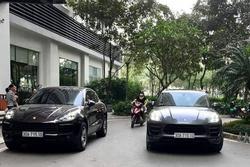 Oan gia ngõ hẹp, 2 xe Porsche trùng biển số 'chạm mặt' ở đô thị hạng sang