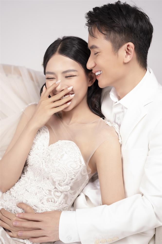 Phan Mạnh Quỳnh tung ảnh cưới xuất sắc, trừ 1 điểm nhỏ chưa hoàn hảo-7