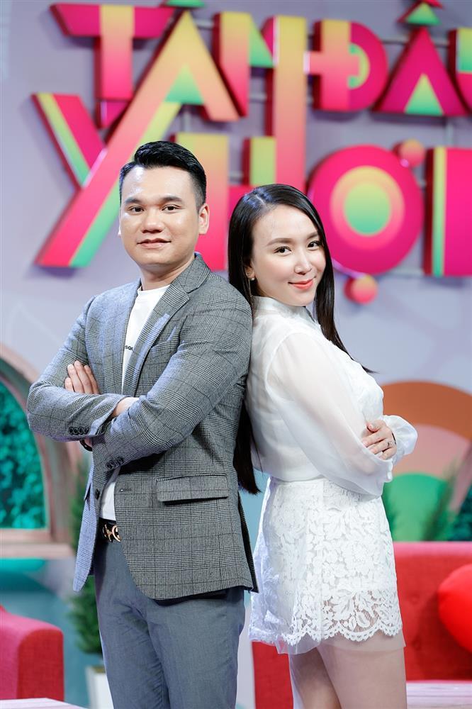 Khắc Việt tiết lộ gia thế khủng nhà vợ, bà xã chỉ đam mê kim cương-1