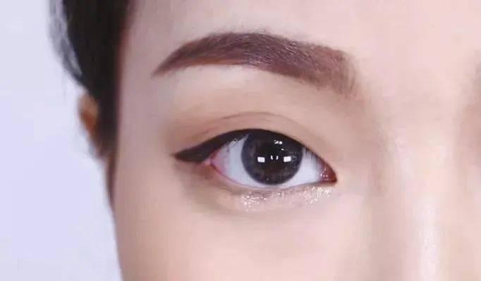 6 bước make-up cho nàng mắt một mí chuẩn style Hàn-6